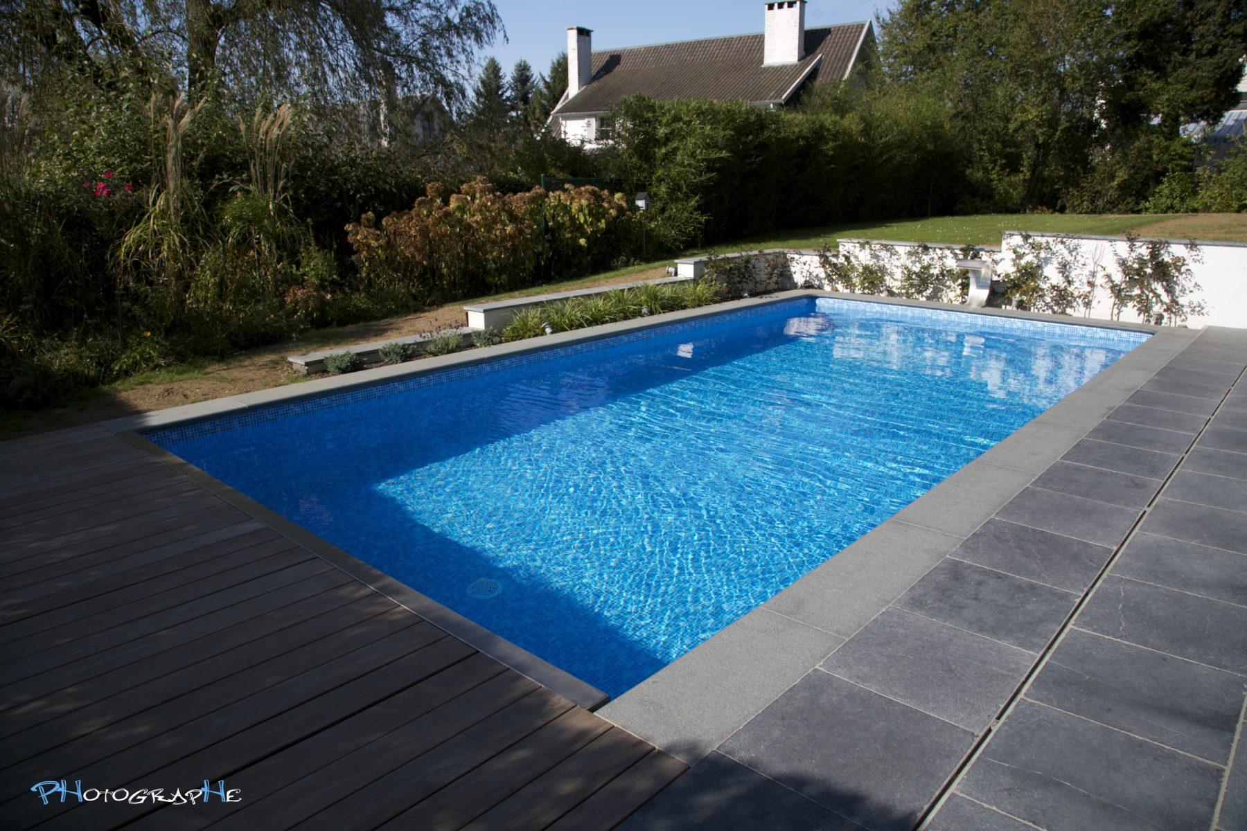 Piscines nage zen piscines et wellness for Accessoire piscine namur